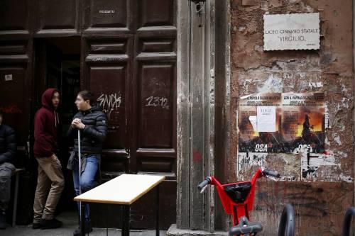 Roma, nel liceo occupato dai collettivi danni per 12mila euro