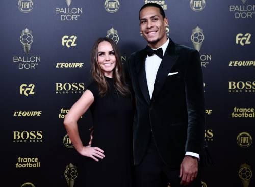 """La sorella di Cristiano Ronaldo attacca van Dijk: """"Sei un frustrato"""""""