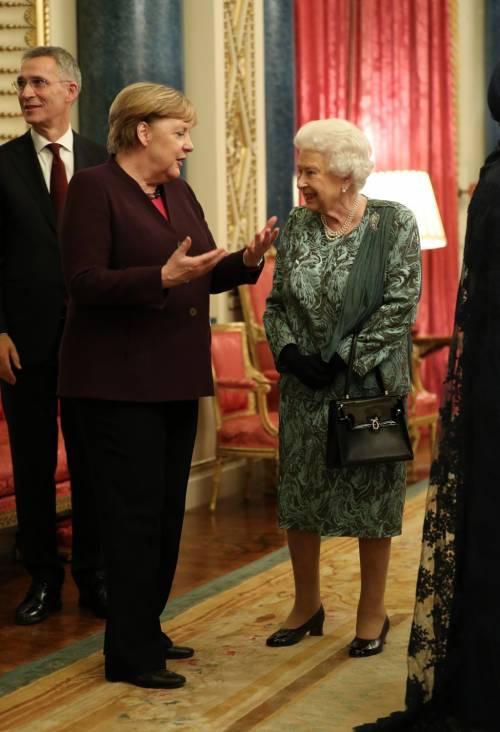 Regina Elisabetta II, le foto del banchetto Nato 3