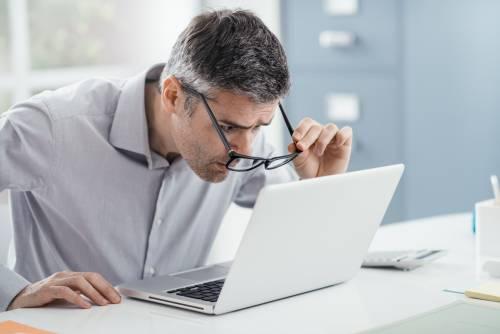Ecco come riconoscere (e correggere) i problemi della vista