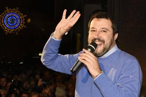 Sondaggi, sale la fiducia a Salvini che vola al 48%