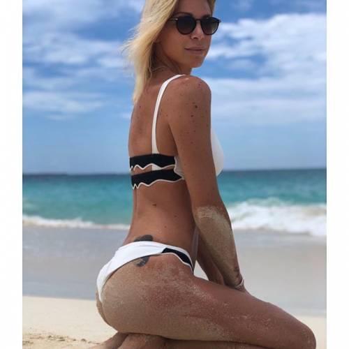Gaia Lucariello sexy sui social 8