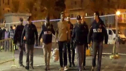 In Italia tra i 149 naufraghi: arrestato per omicidio un trafficante 22enne