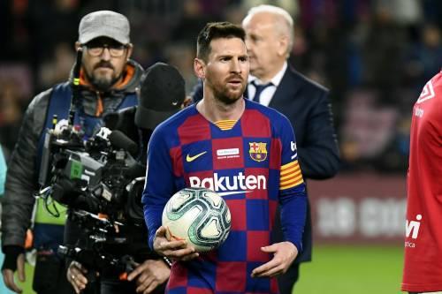 "Caos al Barcellona, Abidal accusa e Messi risponde: ""Fai nomi e cognomi"""
