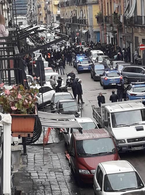 Napoli, per bere gratis picchia titolare del bar: arrestato marocchino