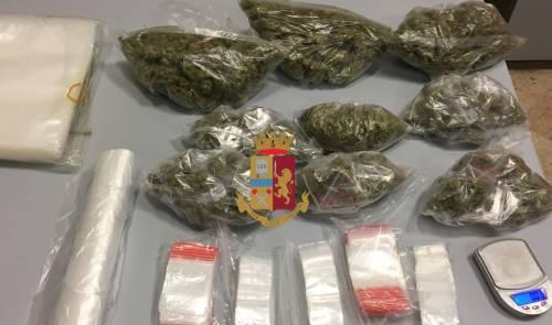 In casa le trovano la marijuana, arrestata