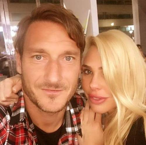 Francesco Totti e Ilary Blasi, le foto più belle 2