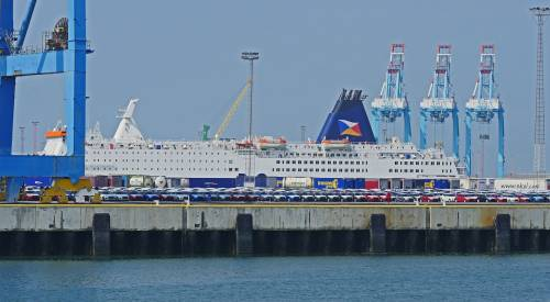 Un nuovo regalo dall'Europa: aumentano le tariffe dei traghetti