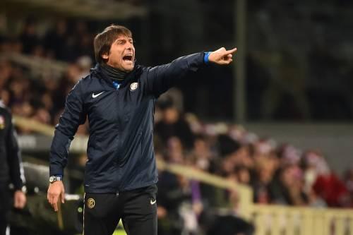 """Siparietto Conte: """"Ha sentito le parole di Agnelli?"""", e il tecnico dell'Inter se ne va"""