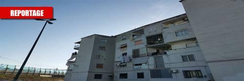 Napoli, così il Comune lascia le case popolari nel degrado