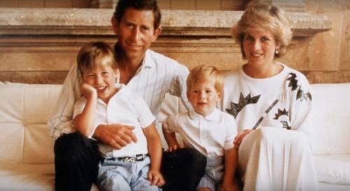 """""""Ha provato a farlo per 4 volte"""" Il racconto choc su Lady Diana"""