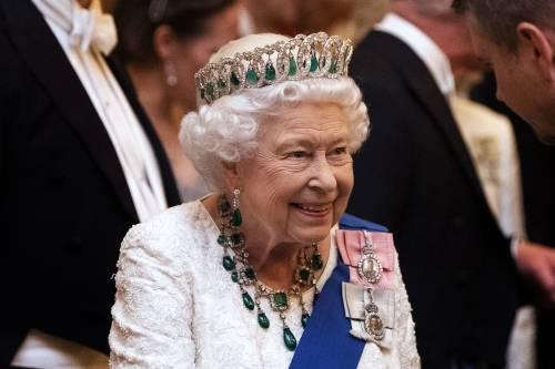 """La regina Elisabetta """"compie"""" 68 anni di regno"""