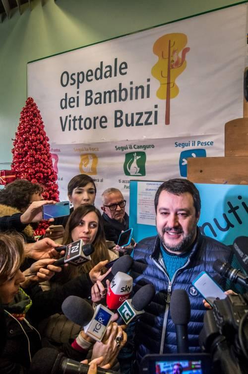 Matteo Salvini in visita all'ospedale dei bambini  2