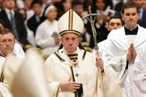 """La """"guerra santa"""" di Francesco: così il Papa sfida i sovranisti"""