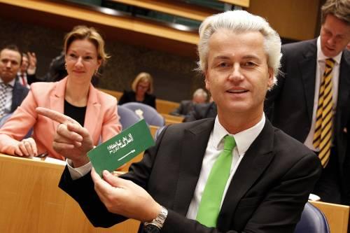 """Wilders attacca Rutte: """"Regala soldi agli italiani"""""""