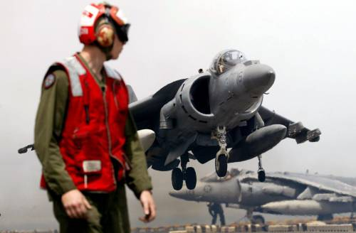 """Il Pentagono ora cambia piani. Ecco i """"nuovi"""" caccia del futuro"""