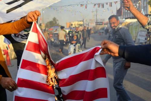 Iraq, assaltata ambasciata Usa