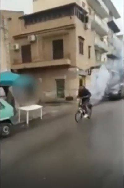 Fanno esplodere botti e insultano il sindaco, denunciati