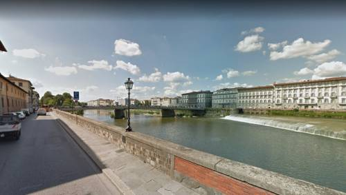 Firenze, aggredisce due controllori che lo multano: denunciato somalo