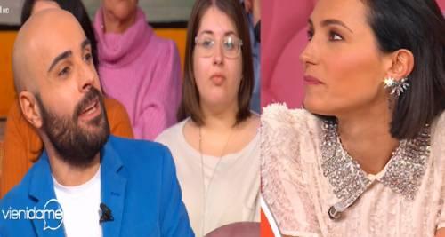"""Caterina Balivo rimprovera una spettatrice: """"Magari le unghie dopo..."""""""