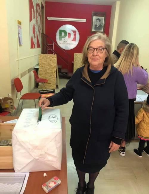 Primarie in Puglia: i quattro candidati nei seggi per votare 4