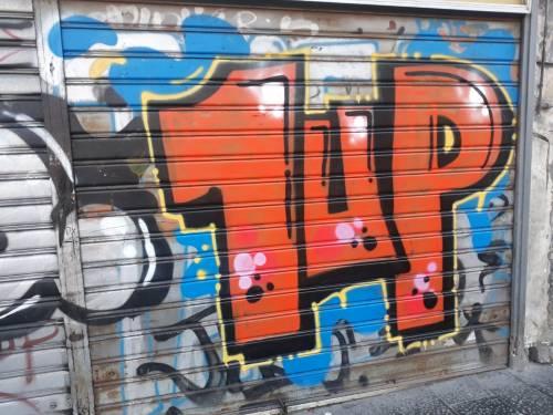 I graffiti 1Up arrivano in città: la protesta degli ambientalisti