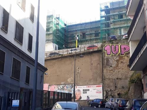 Le immagini dei graffiti nelle strade partenopee