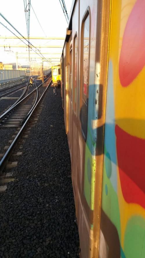 Napoli, scontro tra due treni nella metropolitana 2