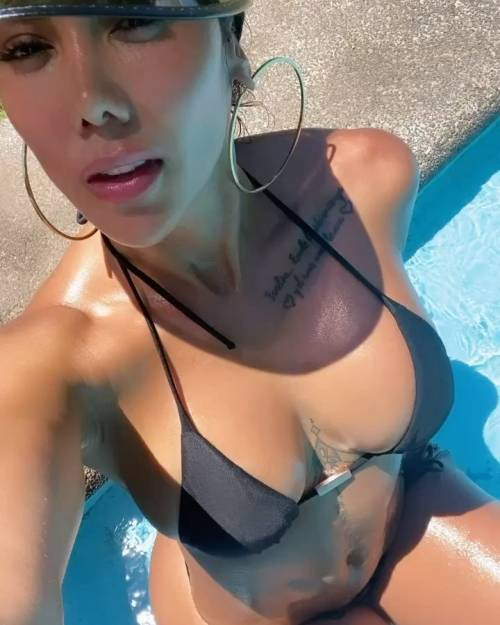 Sonia Isaza spopola su Instagram 9