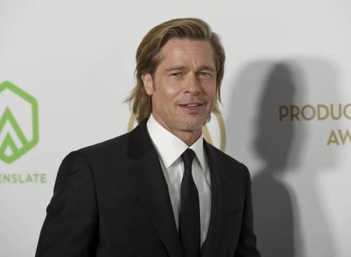 Il bacio inaspettato fra Brad Pitt e Jennifer Aniston