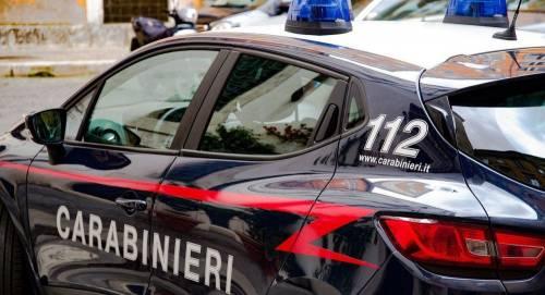 Nuoro, rapina con sparatoria alla posta: ferito carabiniere