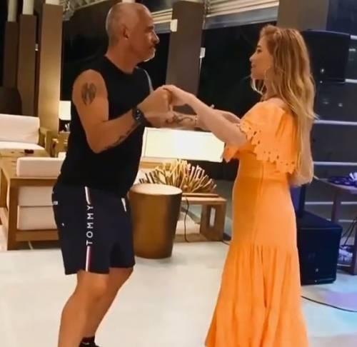 Eros Ramazzotti ha un feeling particolare con Miss Russia