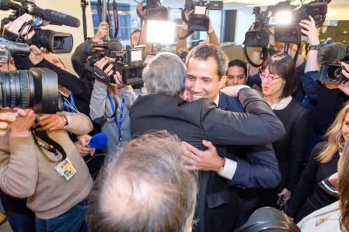 Tajani e Guaidó a Bruxelles 2