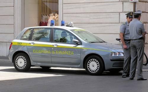 Taxi abusivi a Malpensa. La Finanza li smaschera