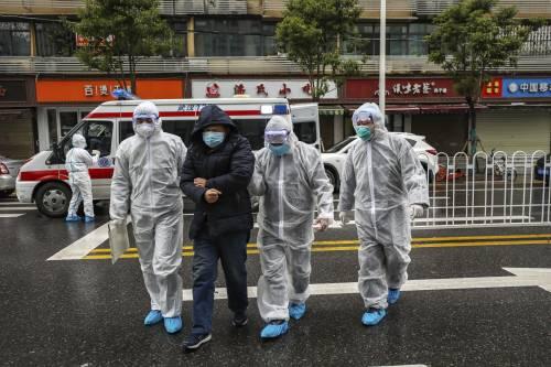 Virus cinese, allarme per i contagi senza sintomi