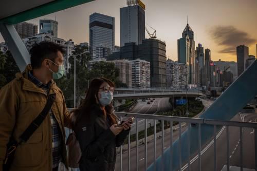 """Hong Kong, Pil ko per le proteste: """"A tutti un bonus da 1.200 dollari"""""""