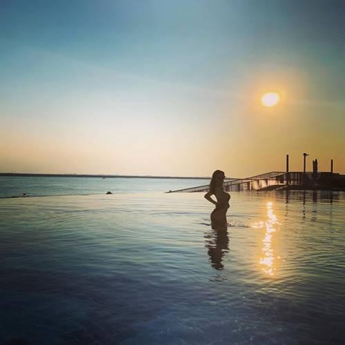 Erjona si prende la scena su Instagram