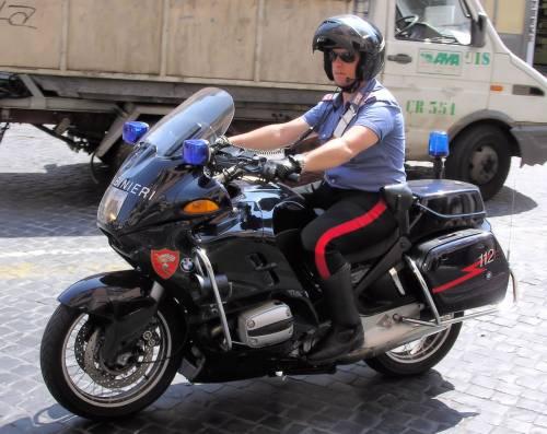 Lotta fra clan della camorra: tre arresti da parte dei carabinieri
