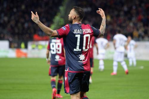 Il Bologna vince in rimonta contro il Brescia. Cagliari-Parma 2-2 al 95'