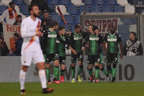 Il Sassuolo piega 4-2 la Roma: quarto posto a rischio