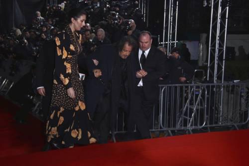 Bafta Awards, Al Pacino inciampa e cade sul red carpet