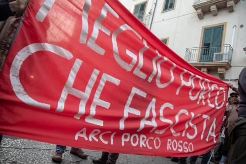 La kermesse della Lega a Palermo: Salvini accolto dai simpatizzanti 7