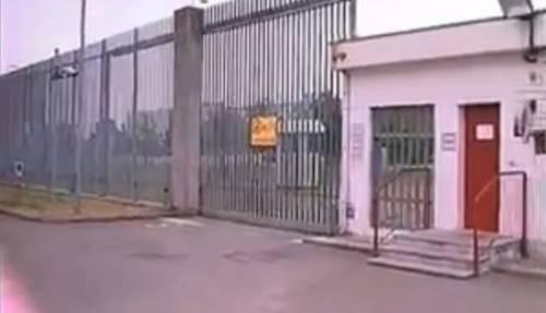 Parma, terrore in carcere: detenuto marocchino ferisce otto agenti