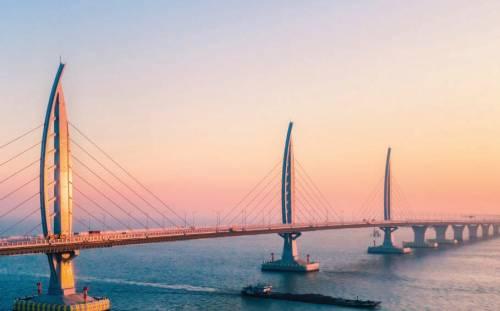 Hong Kong-Zhuhai-Macao: un grande ponte per una grande baia