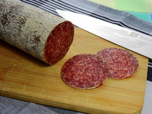 Lotto di salame ritirato dal commercio: rischio salmonella