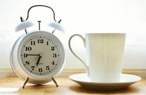 Come il suono della sveglia influenza il nostro risveglio