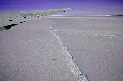Rallenta lo scioglimento del più grande ghiacciaio in Antartide