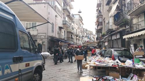 I controlli delle forze dell'ordine nel mercato storico del Buvero 2