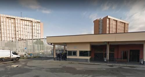 Aggressione choc nel carcere di Torino, nigeriano tenta di accecare un agente