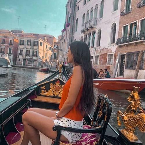 Yamila Ruiz bellezza acqua e sapone